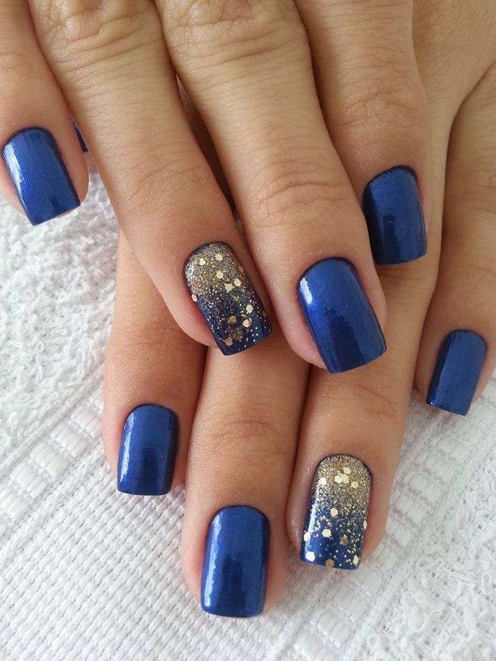 4-blue-nail-art-design-ideas-17